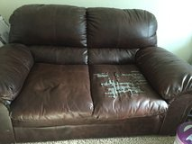 FREE leather couch in Travis AFB, California