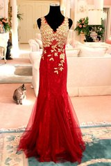 Zo Exquisite Red Sequin sz10 12 Mermaid Formal Gown Ball Masquerade Gala Pageant in Kingwood, Texas