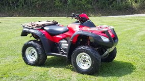 Very nice rincon 650 ,,trade to nice 4x4 forman,or rancher in Hopkinsville, Kentucky
