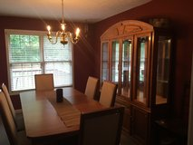 Dining room table, chairs, and china hutch. Great condition! in Hopkinsville, Kentucky