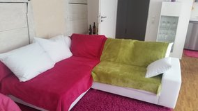 Beautiful corner couch White -excellent shape in Stuttgart, GE