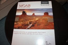 "Moab Colorado Fiber Gloss Paper for Inkjet - 17x22"" (C) - 20 Sheets in Ramstein, Germany"