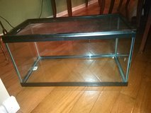 15 gallon long tank with reptile cover in Bolingbrook, Illinois