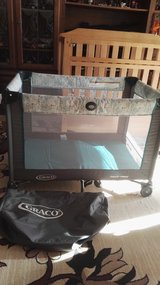 Travel bed/crib/play yard Graco in Ramstein, Germany