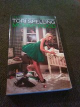 Tori spelling mommywood book in Camp Lejeune, North Carolina