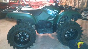 2014 grizzly 700 only 15 hours in Fort Polk, Louisiana