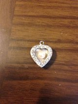 Heart shaped pendent for necklace in Joliet, Illinois