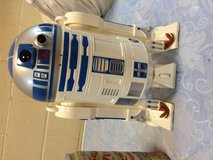 Star Wars R2D2 in Oceanside, California