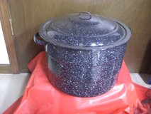 Black canning pot in Naperville, Illinois