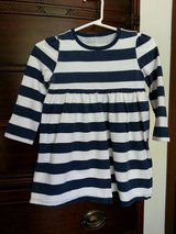 Girl's 2T navy blue and white stripe top in Aurora, Illinois