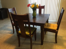 Kitchen table and chairs in Miramar, California