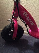 Razor electric scooter brand new in Yucca Valley, California