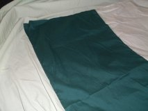 TWIN  SIZE DARK GREEN BED SKIRT in Alamogordo, New Mexico