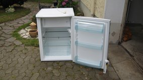 Refrigerator with top freezer in Ansbach, Germany
