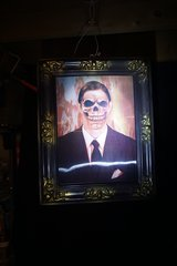 HALLOWEEN DECORATION - CHANGING PICTURE BUSINES MAN TO SKULL in Palatine, Illinois