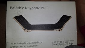 Trifold bluetooth keyboard in Fort Campbell, Kentucky