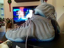 Nike Foamposite Wolf Grey in Vicenza, Italy