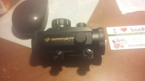Barnett Premium 3 dot Red/Green Dot sight in Hopkinsville, Kentucky