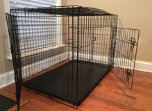 "42"" double door dog crate with divider in Moody AFB, Georgia"
