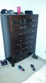 5 drawer dresser in Lake Charles, Louisiana