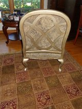 Bassett Chair  and matching couch, like new. in Joliet, Illinois