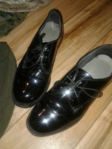 REDUCED! USMC CAPPS WOMENS SHOES HEELS SIZE 7M CORFRAMS SIZE 6.5 in Cherry Point, North Carolina