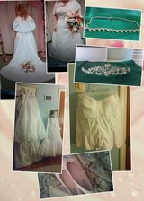 Beautiful plus sized BRIDAL BUNDLE *Reduced Firm NEEDS TO GO* in Warner Robins, Georgia