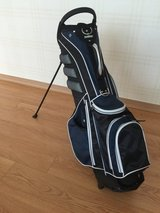 Academy Sports golf bag in Yongsan, South Korea