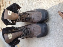 UGG Leather Goretex Furlined Boots in Fort Rucker, Alabama