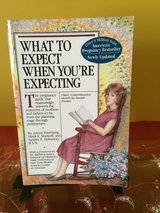 What to expect when you're expecting maternity  book in Morris, Illinois