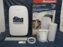 *Honeywell Portable Air Conditioner with Remote Control, White/Black in Joliet, Illinois