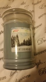 15 ounce candle in Temecula, California