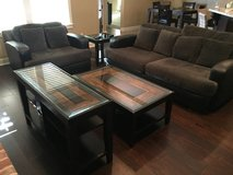 Living room set + Dog house in Beaumont, Texas