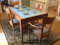 WORKBENCH BRAND TABLE AND CHAIRS in Elgin, Illinois