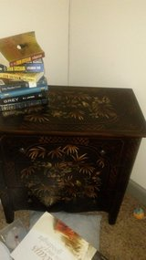 Very nice antique style dresser 3 drawers in Fort Campbell, Kentucky