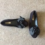 Size 7.5 black flats - Simply Vera in Fort Campbell, Kentucky