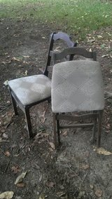 2 folding wooden chairs in Warner Robins, Georgia