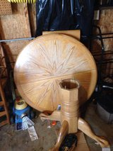 Nice Oak Table with Leaf and 5 Chairs in Batavia, Illinois