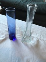 2 Small Vases in Fort Campbell, Kentucky
