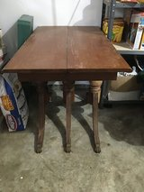 Duncan Phyfe table in Fort Campbell, Kentucky
