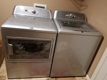 Washer & Dryer Set.......Like NEW in 29 Palms, California