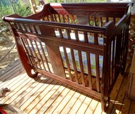 BEAUTIFUL Baby's Dream Generation Solid Oak Crib to Toddler Bed in Ruidoso, New Mexico