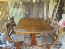 Solid Wood Table/Chairs in Fort Polk, Louisiana