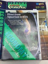 Fish tank cleaner in Chicago, Illinois