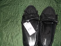 BASIC EDITIONS BLACK SLIPPER 6W in Alamogordo, New Mexico
