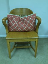 Vintage maple/oak Chair in Glendale Heights, Illinois