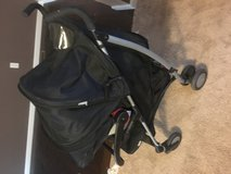 Urbini car seat travel system in Cincinnati, Ohio