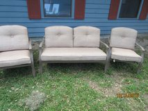 Outdoor furniture 3 piece in Beaufort, South Carolina
