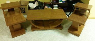 Vintage Coffee Table/End Tables in Joliet, Illinois