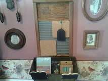 ANTIQUE Wash Board/Message Board in Glendale Heights, Illinois